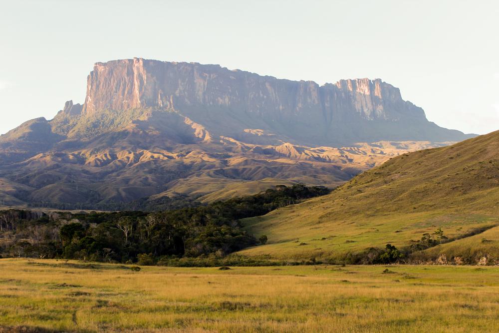 Monte Kukenan - ¿Qué significa ser venezolano?