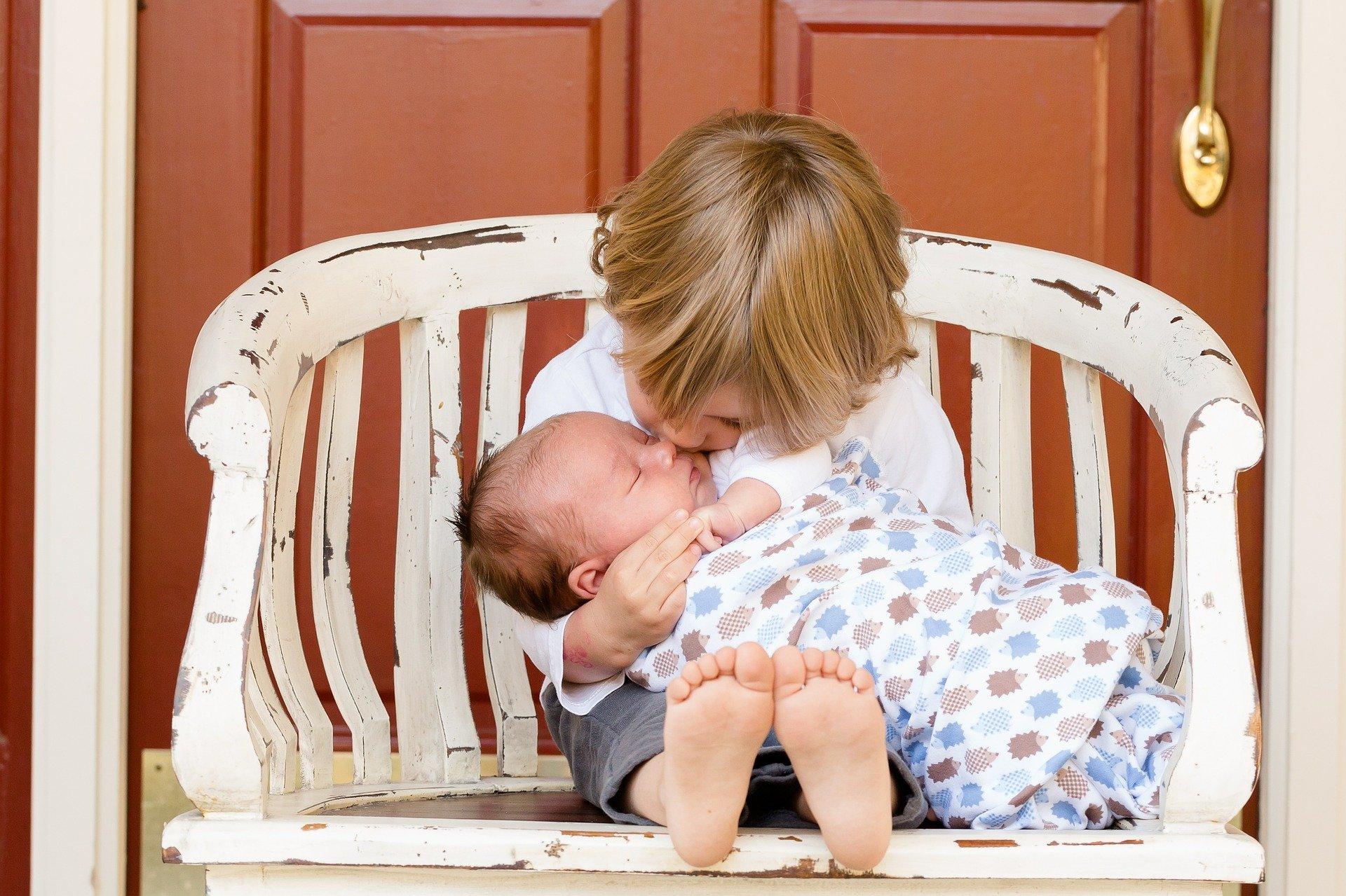 brothers 457234 19201 - 5 de septiembre: Día Mundial del Hermano