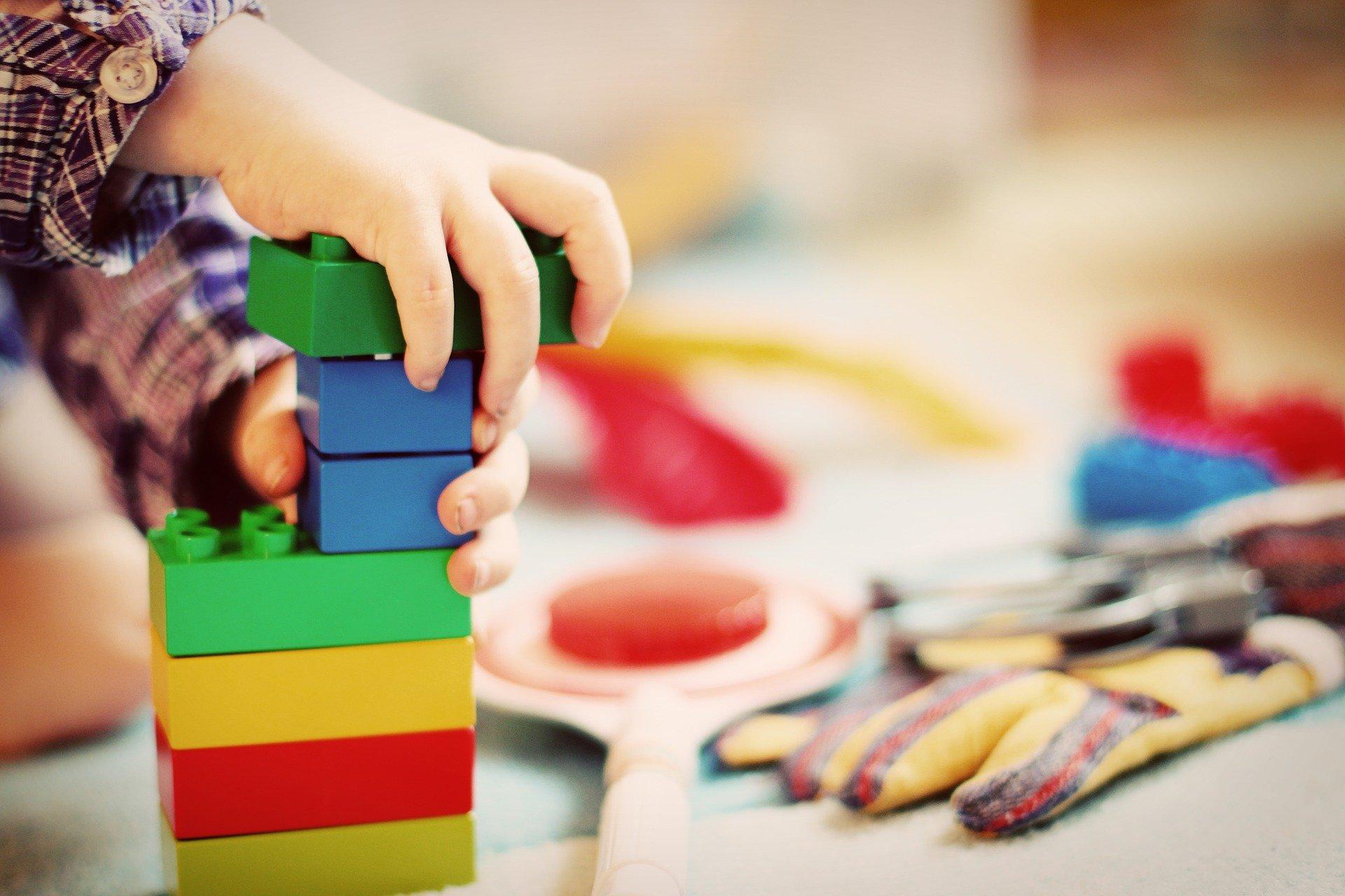 child 1864718 1920 - ¿Cómo hacer que los niños sean más espontáneos y más creativos?