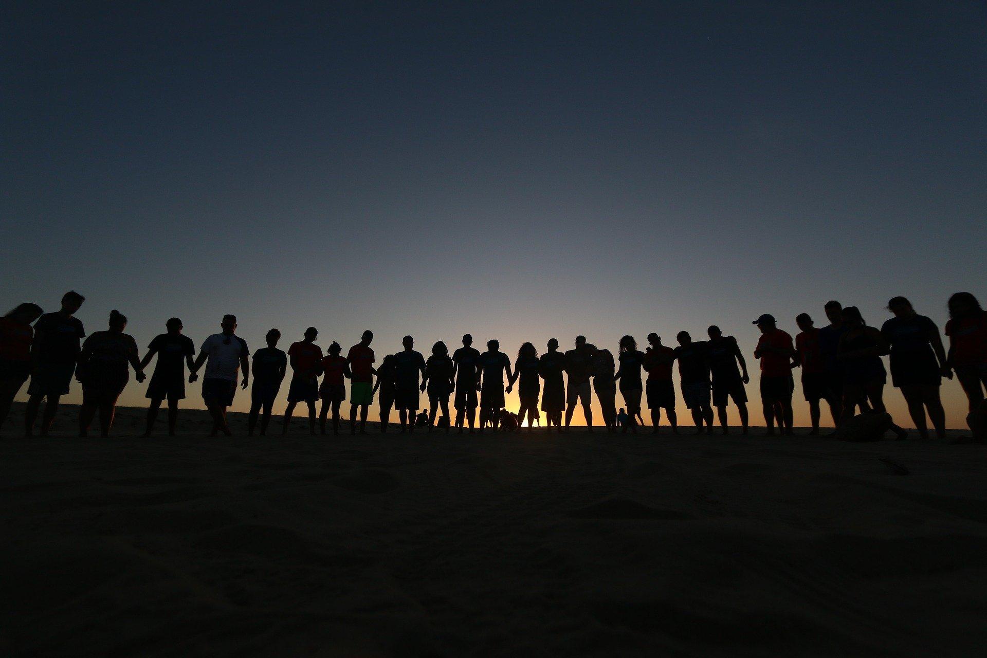 people 4050698 19201 - 5 de septiembre: Día Mundial del Hermano