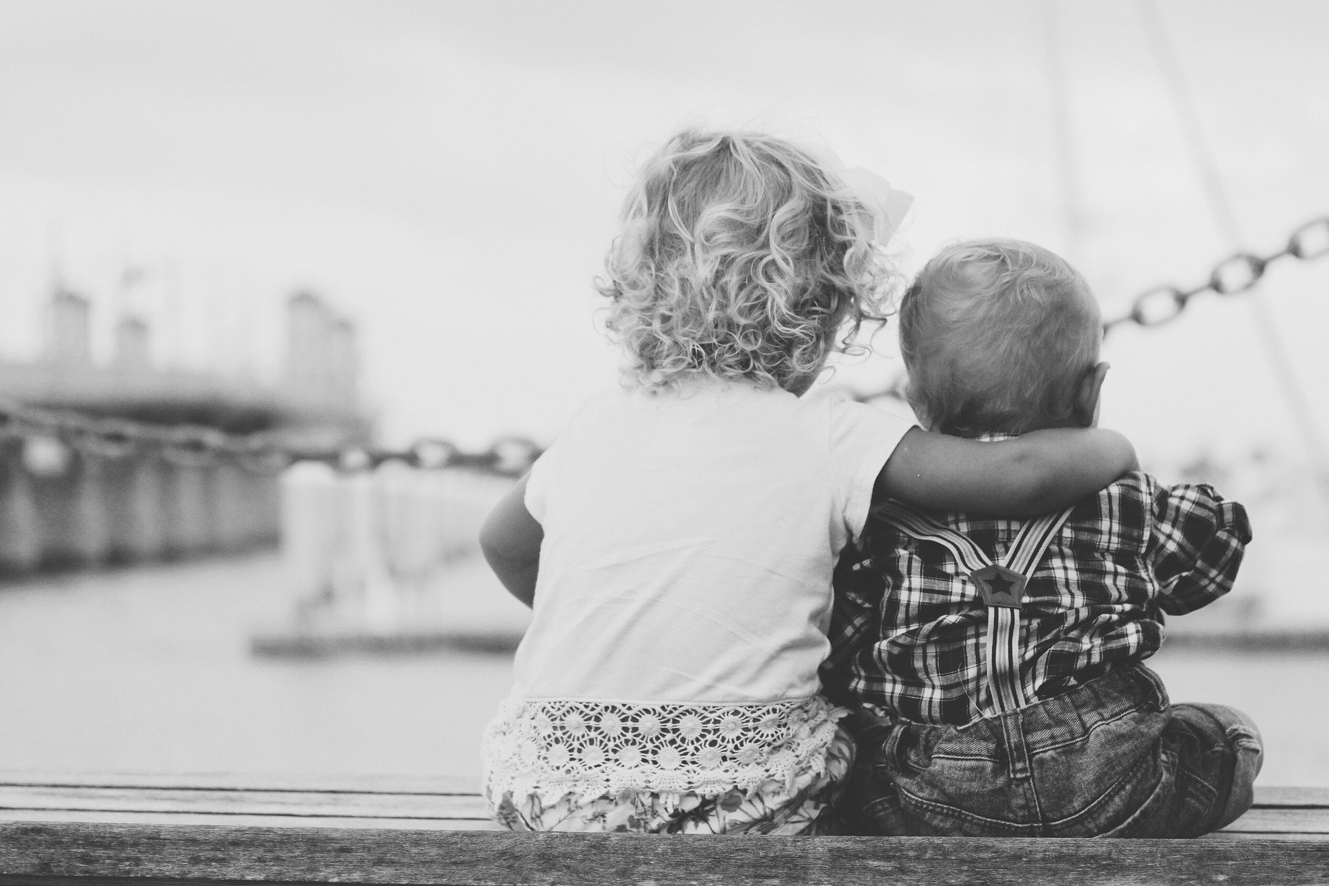 siblings 862967 1920 - Gratitud: por qué es importante fomentar este valor en los niños